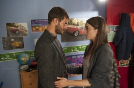 Programme Name: The Fall - TX: n/a - Episode: n/a (No. 3) - Embargoed for publication until: n/a - Picture Shows: Serial killer Paul Spector (Jamie Dornan) and Liz Tyler (Seanin Brennan) - (C) Artists Studio - Photographer: Steffan Hill